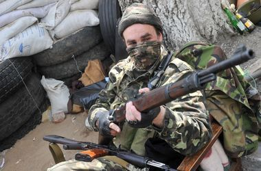 Боевики продолжают обстреливать позиции украинских сил