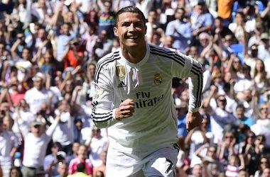 Испанская лига аннулировала желтую карточку Роналду