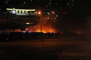 """Вход на станцию метро """"Позняки"""" временно не будет работать после пожара"""
