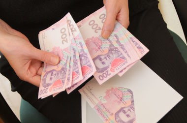 Депутатам повысили зарплату до 17,5 тыс грн - Павловский