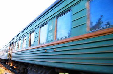 """Поезд """"Ивано-Франковск - Киев"""" переехал студента"""