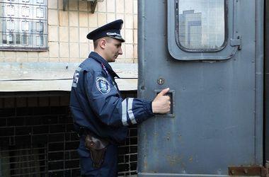 Возле высшего хозсуда задержали 12 митингующих