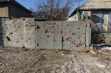 Обстановка в Донецке: город сотрясают мощные залпы, а жители слышали странные звуки