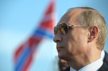 Путин: Санкции с России снимут нескоро