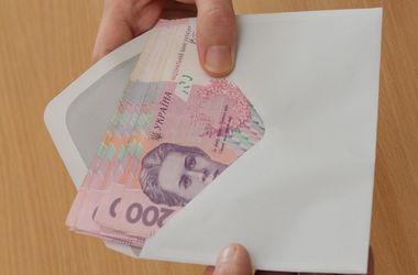 """Киевские налоговики оштрафовали банк за """"списание"""" техники"""