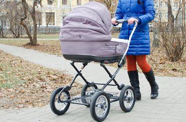 В центре Одессы похитили коляску с младенцем