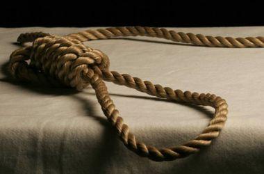 В Ровенской области повесилась 12-летняя девочка
