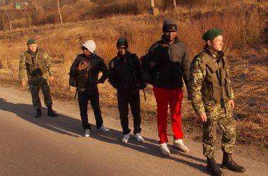 На границе задержали африканских студентов, которые представились беженцами из Донбасса