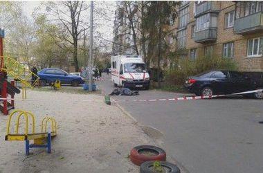Соседи Бузины заметили подозрительную машину за несколько дней до его убийства