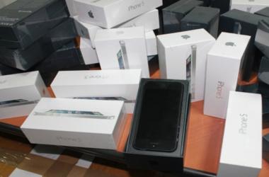 Контрабандные мобильные телефоны и планшеты на 1 млн грн изъяли в Сумской области