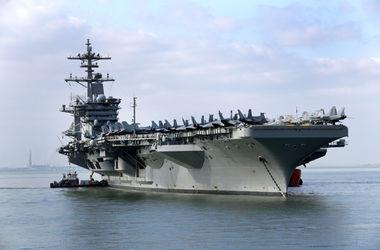 Для перехвата поставок иранского оружия хуситам к Йемену движется авианосец ВМС США