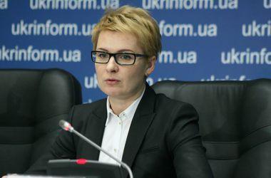 Правоохранители закончили обыск у Козаченко и вызывают ее на допрос
