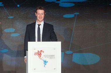 Цукерберг похвастайся, что Facebook пользуются почти полтора миллиарда человек