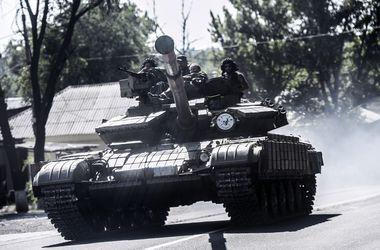 В район Новотошковки и блок-поста №29 прибыли танки и ББМ боевиков – ИС
