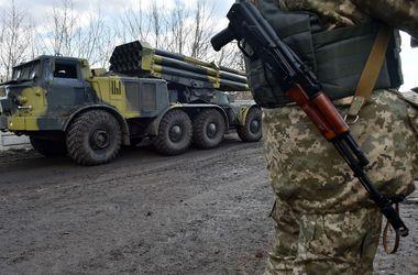 Ночью с минометов и танков обстреляли Широкино
