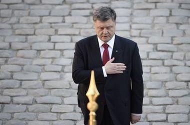 Итоги дня, 23 апреля: обещание Порошенко, отношение украинцев к НАТО, ужесточение контроля на границе и многое другое