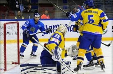 Украина проиграла Венгрии на ЧМ по хоккею, ведя в счете 2:0
