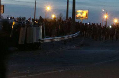 Стройка на Осокорках: милиция пытается прекратить конфликт