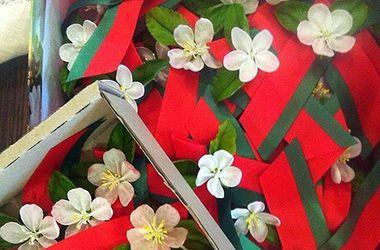 <p>В Беларуси георгиевскую ленточку заменили на красно-зеленую</p>