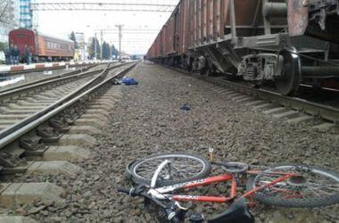 В Харьковской области ребенок на велосипеде погиб под колесами поезда