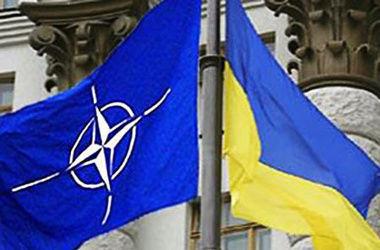 Украина и НАТО подписали соглашение в сфере поддержки