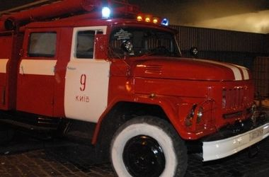 ЧП в Чернобыльской зоне: пожарные работают в обычных костюмах