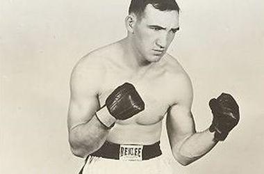 Умер бывший чемпион мира по боксу Джин Фуллмер