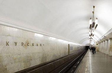 В московском метро поезд протащил зажатого дверьми мужчину целый перегон