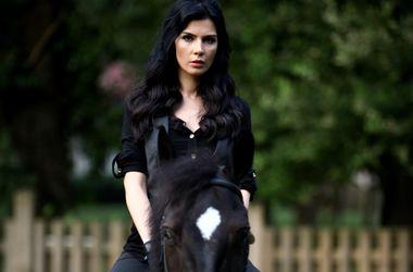 """Интервью с Хатидже Шендиль: """"От страха конь сбросил меня"""""""