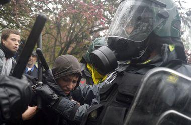 В Италии произошли жесткие столкновения демонстрантов с полицией