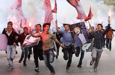 В Стамбуле задержаны более 200 участников первомайской демонстрации