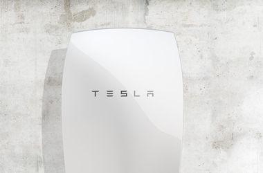 Tesla представила аккумуляторы для дома
