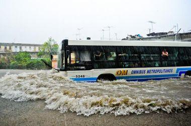 В Гаване улицы превратились в реки