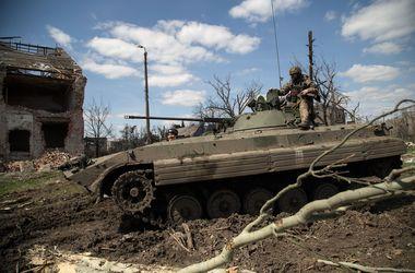 """Сегодня боевики на Донбассе 56 раз нарушили режим """"тишины"""""""