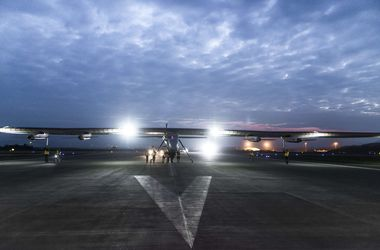 "<p><strong><span style=""font-size: large;"">Самолет Solar Impulse 2, фото AFP </span></strong></p>"