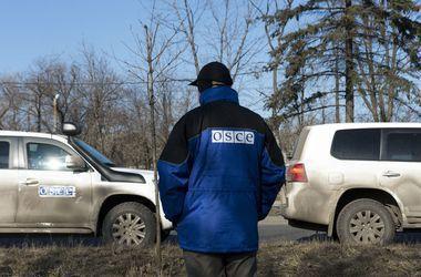 Наблюдатели ОБСЕ попали под обстрелы в Песках, Авдеевке и Широкино
