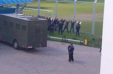 В Беларуси милиция избила дубинками болельщиков, приняв их за фанатов команды гостей