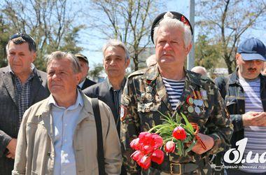 В Одессе ко Дню города заменят украденного Жукова и открыли новый сквер