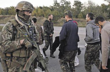 Из плена боевиков освобождены еще трое украинских военных