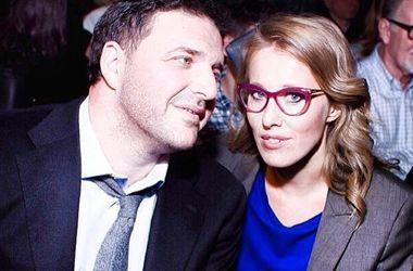 Ксения Собчак и Максим Виторган на отдыхе общаются по смс