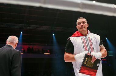 Александр Усик убрал георгиевскую ленту из своего Инстаграма