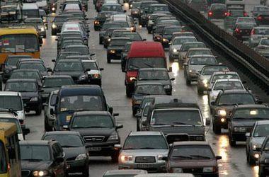 Где в Киеве сегодня перекрыты дороги и ограничена парковка