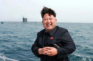 В КНДР с подводной лодки запустили баллистическую ракету