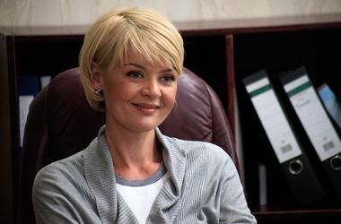 Актриса Юлия Меньшова рада, что ее родители развелись