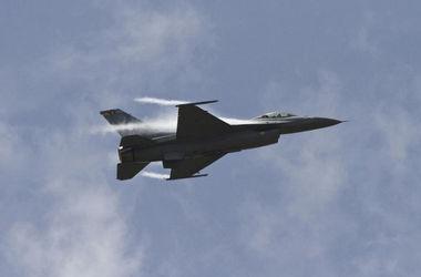 Истребители НАТО засекли над Балтикой российский самолет