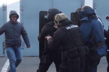 Реформа милиции: хотят сделать полицейских всегда правыми, заменить участковых и поднять зарплату