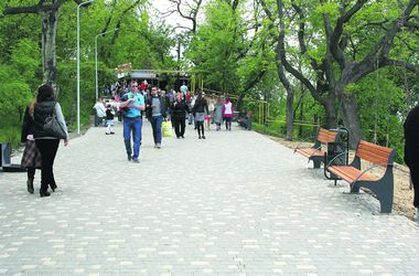 Старт сезона в Одессе: две тысячи за водку и минимум туристов