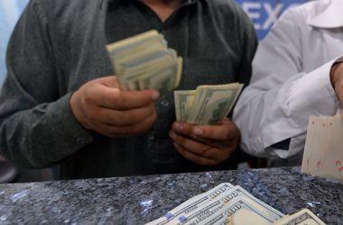 В Украине растет спрос на доллары