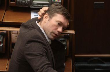 Лишенные неприкосновенности: Кого из депутатов Рады оставляли без мандата