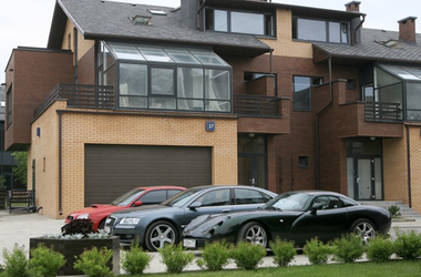 Открытие реестров авто, земли и недвижимости: что узнаем о соседях и чиновниках, а что — нет (инфографика)